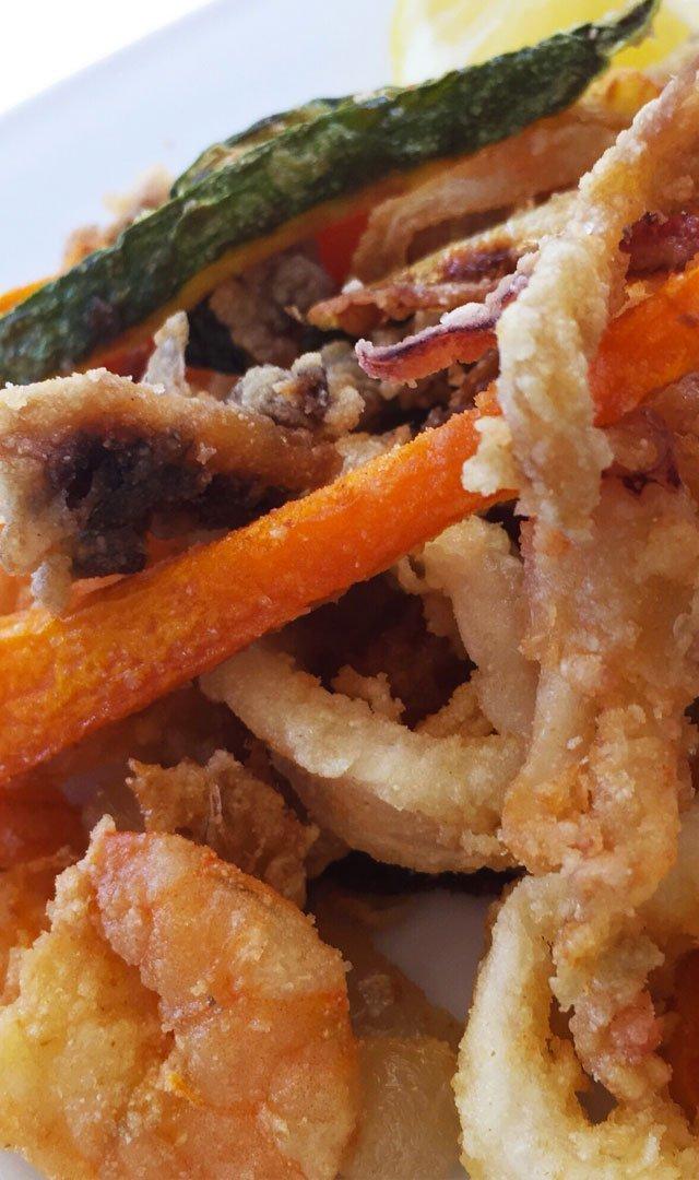 fritto misto i pesce e verdure